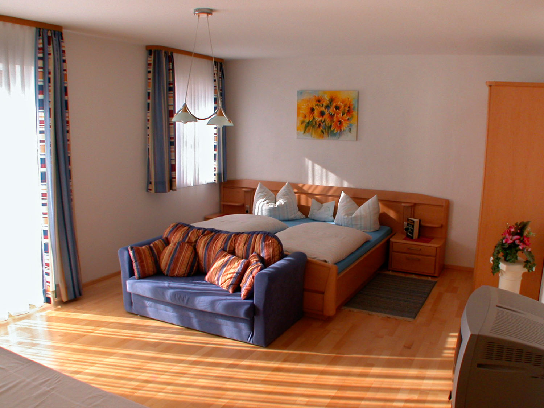 Schlafzimmer der Ferienwohnung 3 | Urbanhof Fam. Reif